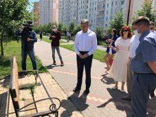 Мэр Курска возмутился, увидев лавочки на проспекте Победы