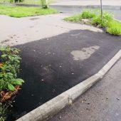 В Курске начали восстанавливать тротуары
