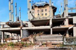 В Курске на улице Советской демонтируют самострой