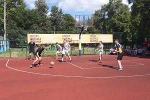 Уличный баскетбол в Курске становится популярным