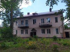 Общественники раскритиковали дом после капремонта в Курске