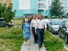 В Курске на проспекте Клыкова обновили аллеи
