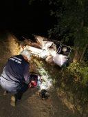Курские спасатели вытащили застрявшего в машине человека