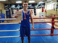 Курянин завоевал золото на международном турнире по боксу