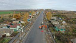 Дорожники заканчивают ремонт трассы в Курскую Коренную пустынь