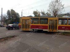 В Курске трамвай сошел с рельсов