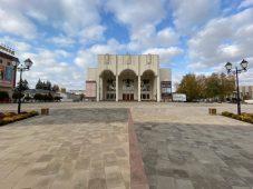 В Курске завершили ремонт Театральной площади