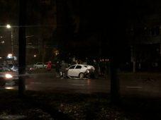 В центре Курска произошло серьезное ДТП