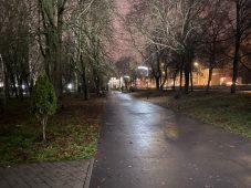 Освещение в парке Дзержинского