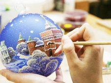 Курян приглашают на новогодние мастер-классы в галерею Дейнеки