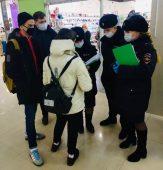 В Курске проверяют, посещают ли подростки торговые центры