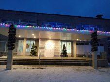 """Первое место за """"Лучшее новогоднее оформление"""" поделили две школы Сеймского округа Курска"""