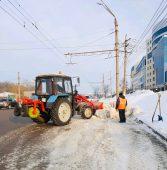 За ночь из Курска вывезли 986 кубометров снега