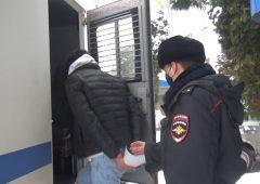 В Курске задержали москвичей с героином