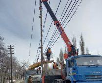 На улицах Курска восстанавливают наружное освещение