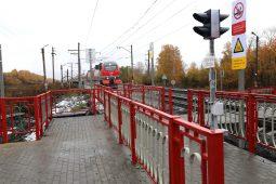 На четырех станциях в Курской области отремонтируют пешеходные переходы