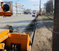 В Курске 50 единиц техники убирают дороги от мусора