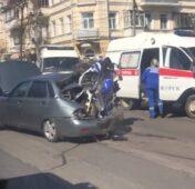 В центре Курска в ДТП погиб мотоциклист, ранен ребенок