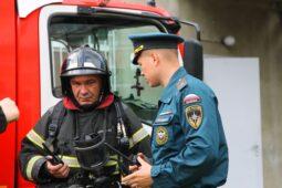 Курские спасатели потушили условный пожар в перинатальном центре