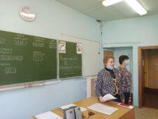 У курских выпускников начались экзамены