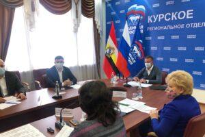 Более 240 курян стали участниками предварительного голосования «Единой России»