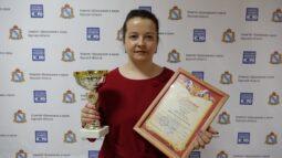 Учителем года в Курской области стала преподаватель физики Алеся Максакова