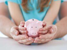 На выплаты курским семьям с детьми от 3 до 7 лет направили миллиард рублей