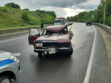 В Курской области от столкновения прицепа с автомобилем погиб мужчина