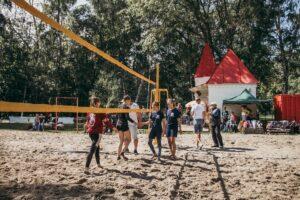 В Курске на Боевке прошли соревнования по пляжному волейболу