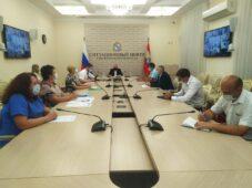 В Курской области разработаю программу для борьбы с борщевиком