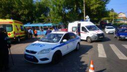 В Курске трамвай сошел с рельсов, пострадали два человека