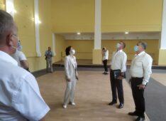 Губернатор Курской области посетил с рабочей поездкой Хомутовский район
