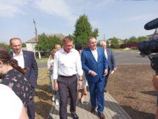 В Медвенке Курской области открыли Аллею Славы