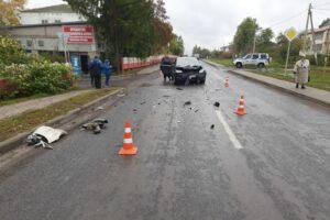 В Курской области в Мантурово столкнулись две иномарки
