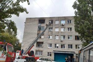 В Курске на пожаре спасли жизнь пяти взрослых и ребенка