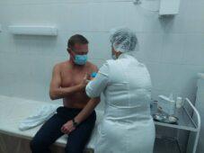 Роман Старовойт сделал прививку от гриппа