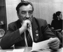 Куряне отмечают день памяти Михаила Булатова
