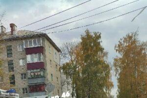 В центре Курска столкнулись два автомобиля