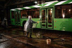 В Курске усилили меры санобработки общественного транспорта