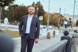 Советник курского губернатора Иван Солодовников стал депутатом Госдумы