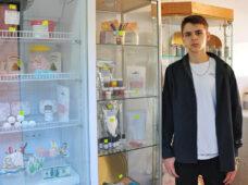 18-летний курянин открыл магазин для кондитеров по соцконтракту